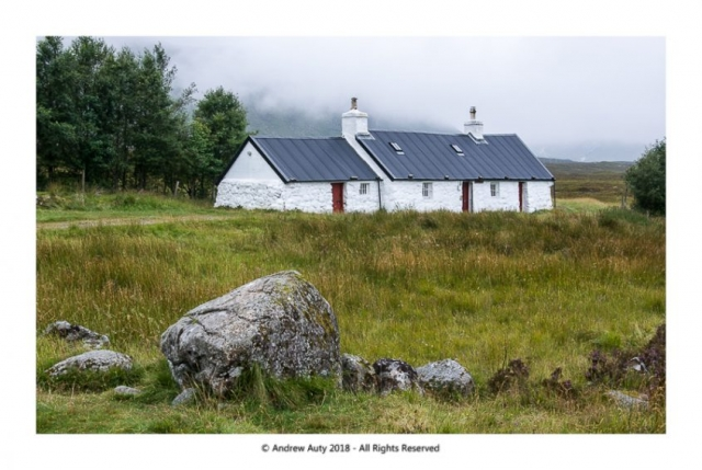 Black Rock Cottage - Low Cloud